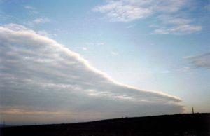 Campo Petrolífero en los páramos de Las Loras. Foto L I Ortega 2001